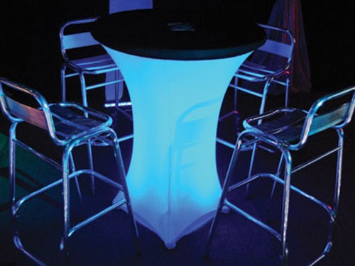 FURNITURE LED Poseur Table with Stools